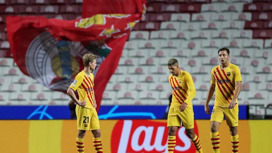 El Benfica golea al Barça y ahonda en la crisis azulgrana
