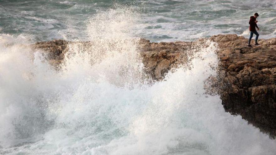 El tiempo en Mallorca: cielo nuboso, viento y olas de hasta 3 metros