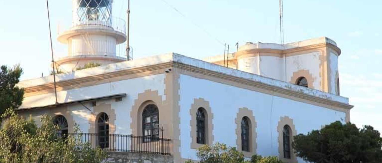 Fomento rechaza el proyecto de convertir en hotel el faro del cabo de Sant Antoni