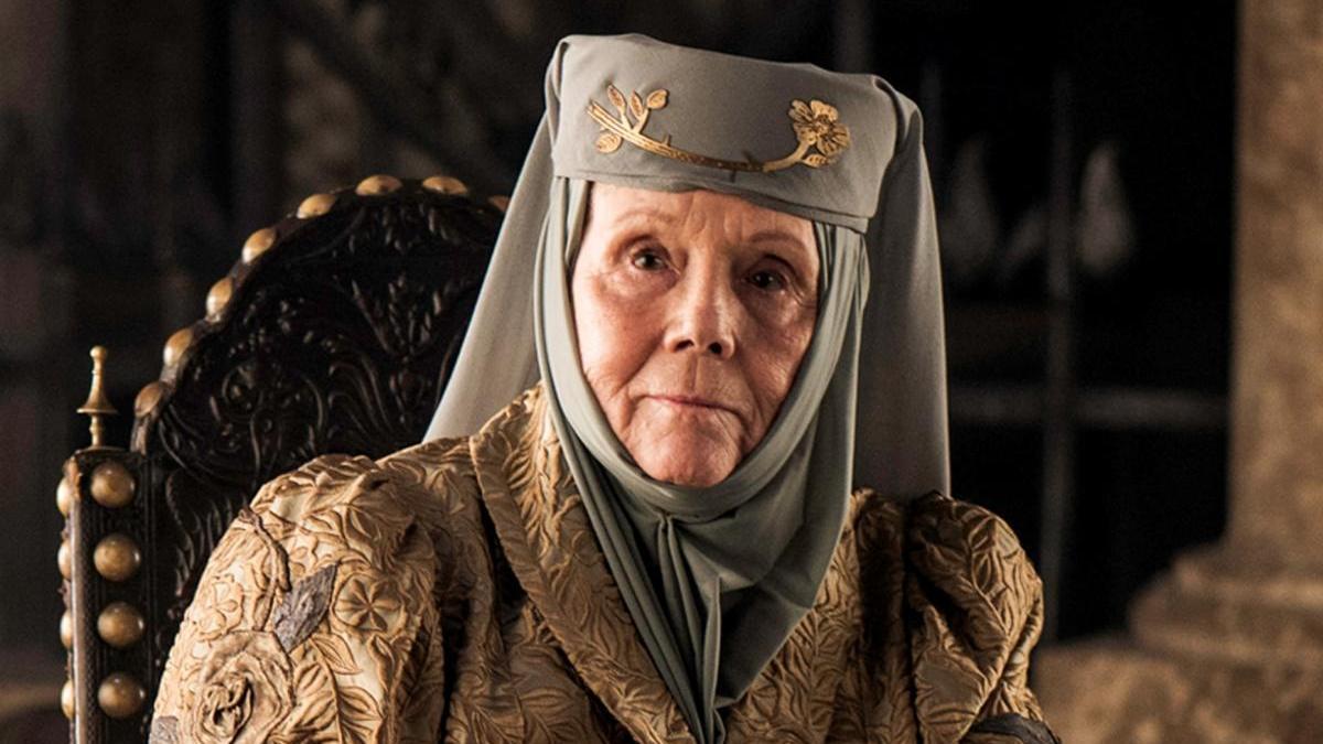 Diana Rigg como Olenna Tyrell.