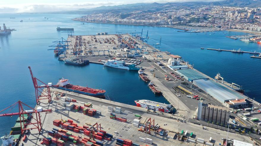 El tráfico en los Puertos de Las Palmas crece un 7,53% entre enero y julio