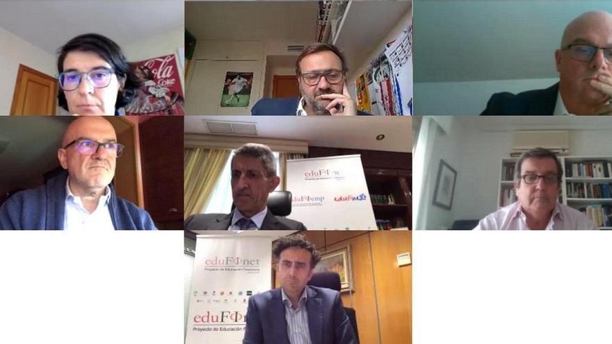 El proyecto Edufinet de Unicaja refuerza la formación online