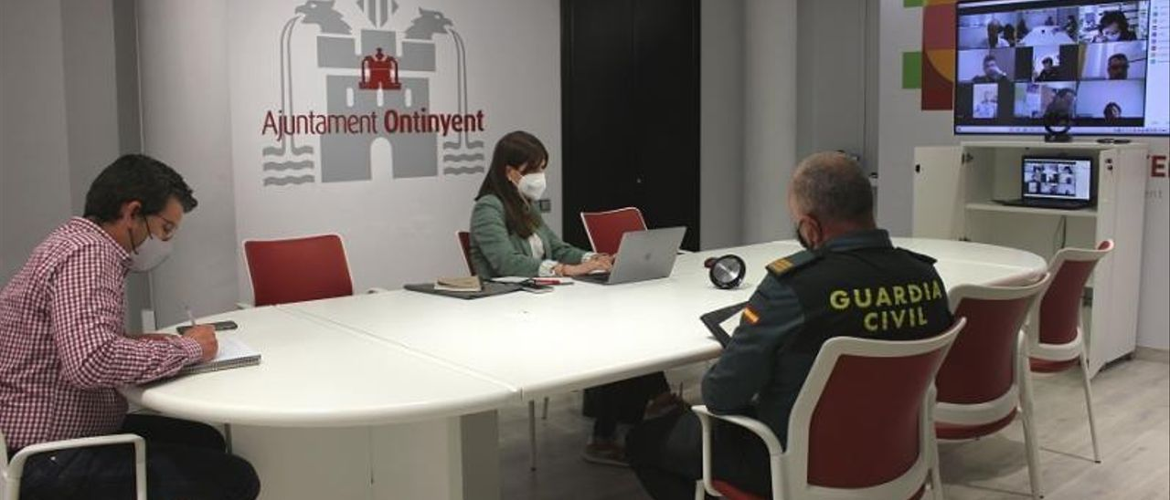 Mesa de coordinación del plan de prevención de la conducta suicida del pasado 24 de marzo. | AJ. ONTINYENT