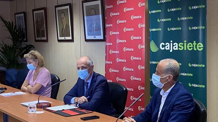El comercio en Canarias, a la cola del país