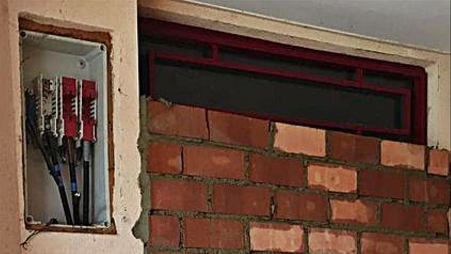 """Morales del Vino tapia un edificio abandonado para evitar """"okupas"""""""