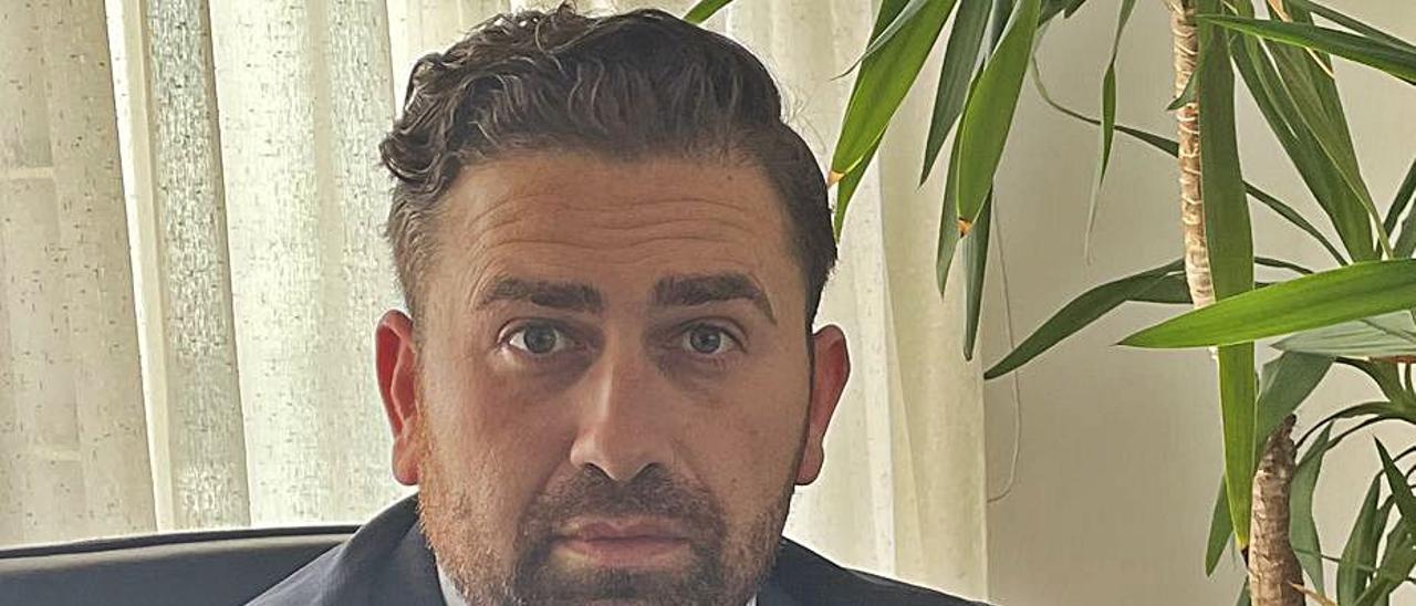 El abogado de Calp Francisco Ramón Perona.   INFORMACIÓN