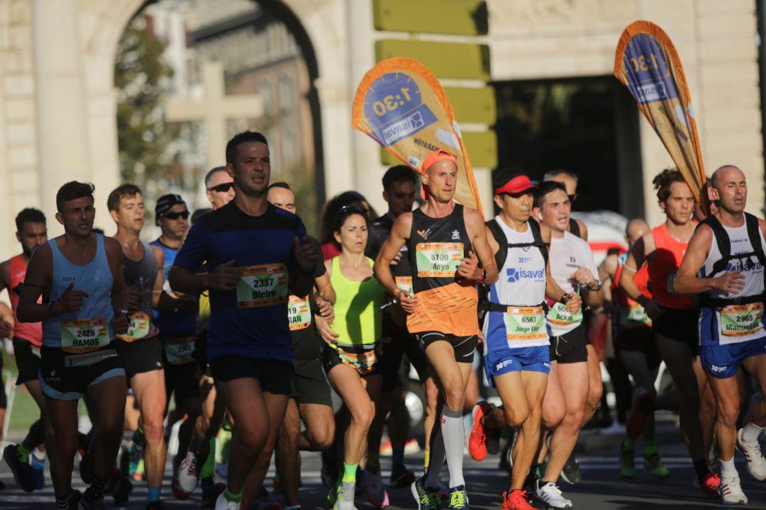 FOTOS | Búscate en el Medio Maratón Valencia 2021