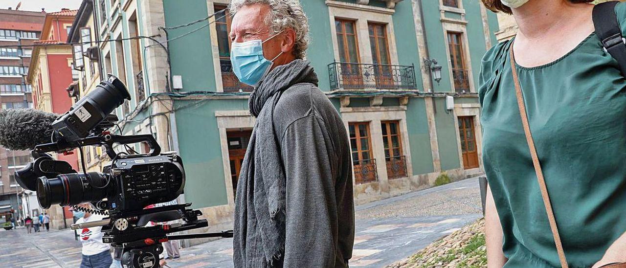 Arnaud Mansir y Camelia Encinas, durante el rodaje del documental.