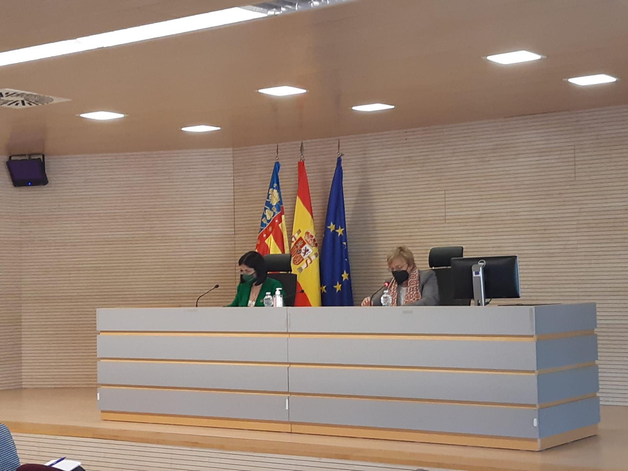La ministra Darias se reúne con Ana Barceló
