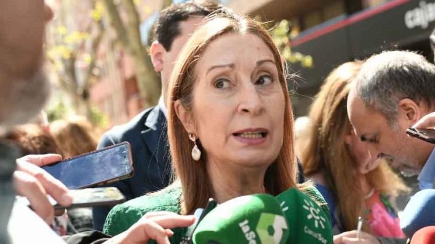 Ana Pastor encabeza la lista del PP por Pontevedra