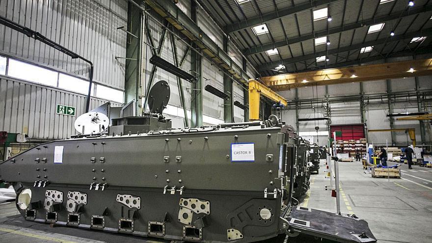 Industria financia con 1.208 millones el programa del 8x8 fabricado en Trubia