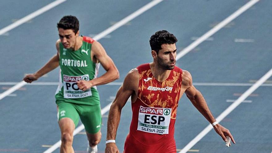 Se cierra la vía olímpica del  4x400 para Samuel García
