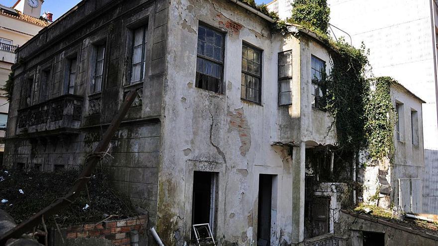 La casa de Matilde Bares está mejor de lo esperado y Concello y dueños valoran cómo conservarla