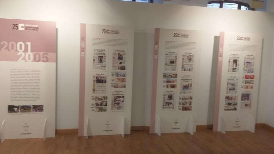 """Un cuarto de siglo de periodismo en la exposición """"Seguimos dando tira"""""""
