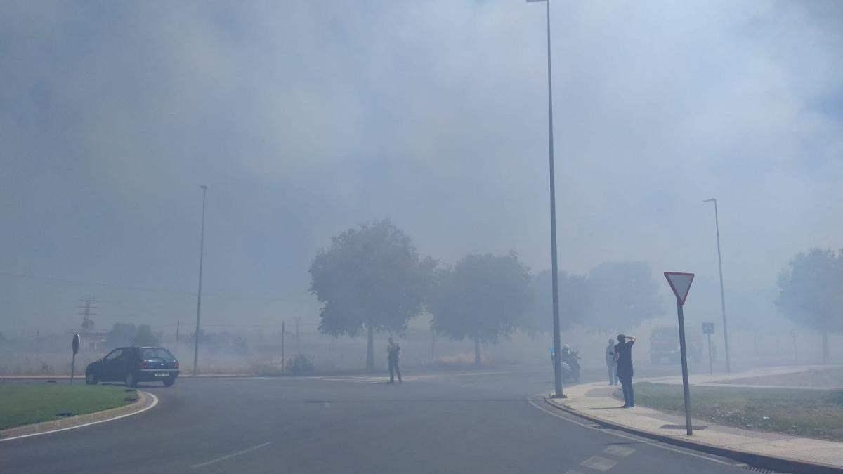 Preocupación entre los bomberos de Badajoz por la proliferación de incendios y la falta de personal