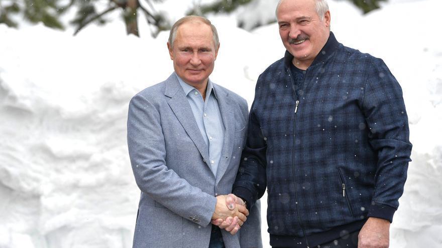 Rusia dice tener pruebas de un intento de golpe de Estado militar en Bielorrusia