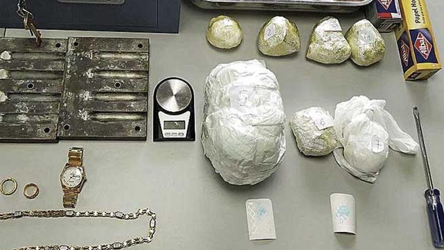 Hallan dos kilos y medio de cocaína en la casa de un detenido por amenazas en Palma