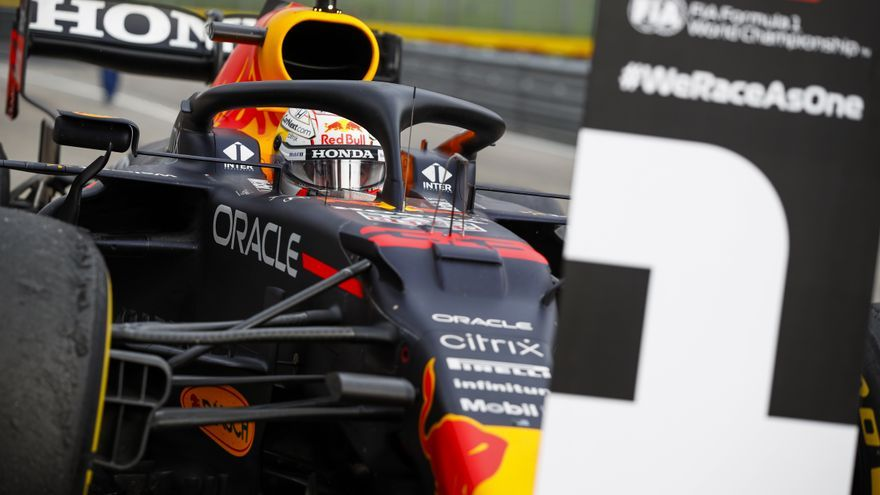 Verstappen dobla el brazo a Hamilton en Emilia-Romaña, con Sainz quinto y Alonso décimo