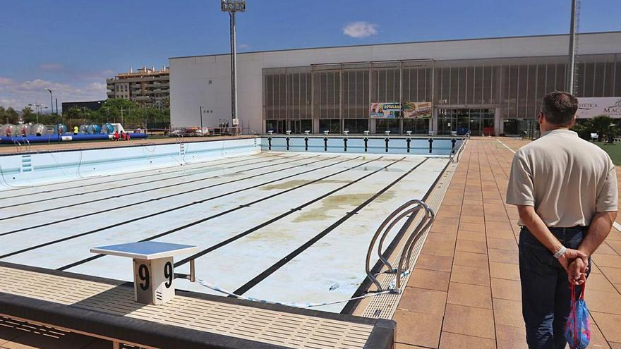 Urbanismo rechaza pagar 129.420 euros a Ferrovial por fugas de agua en una piscina