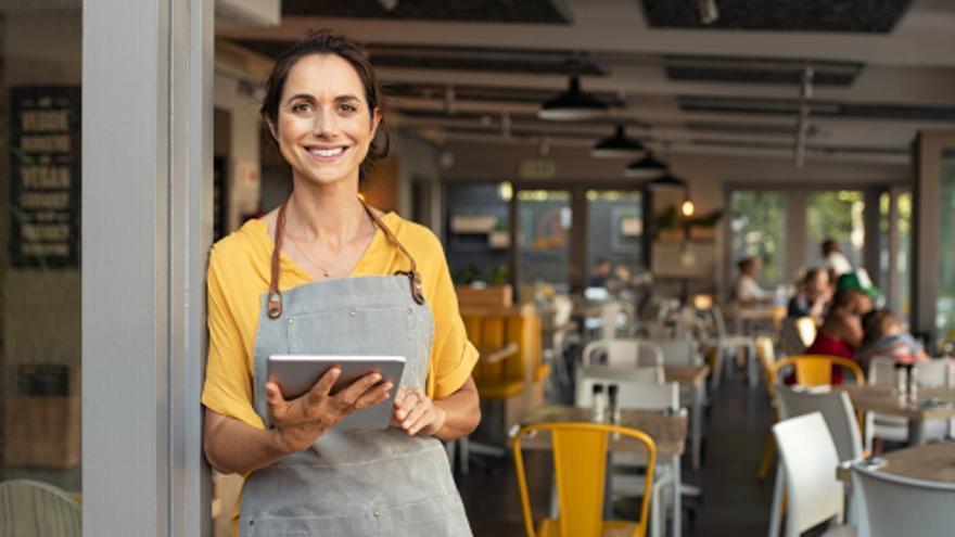 Comercial, repartidor/a, camarero/a o recepcionista, ¿Cuál de las estas ofertas de empleo en Las Palmas te interesa más?