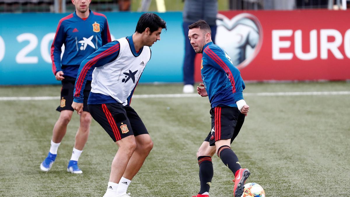 Iago Aspas y Álvaro Morata, durante un entrenamiento con la selección española en 2019, previo a un encuentro clasificatorio para la Eurocopa