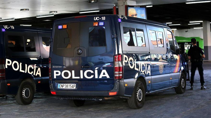 Erradican un punto de venta de droga en Vigo gestionado por un joven de 23 años