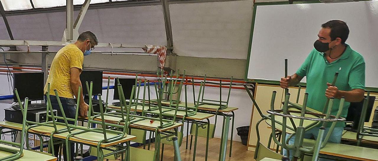 Remodelación de espacios en un instituto de la provincia.   HÉCTOR FUENTES