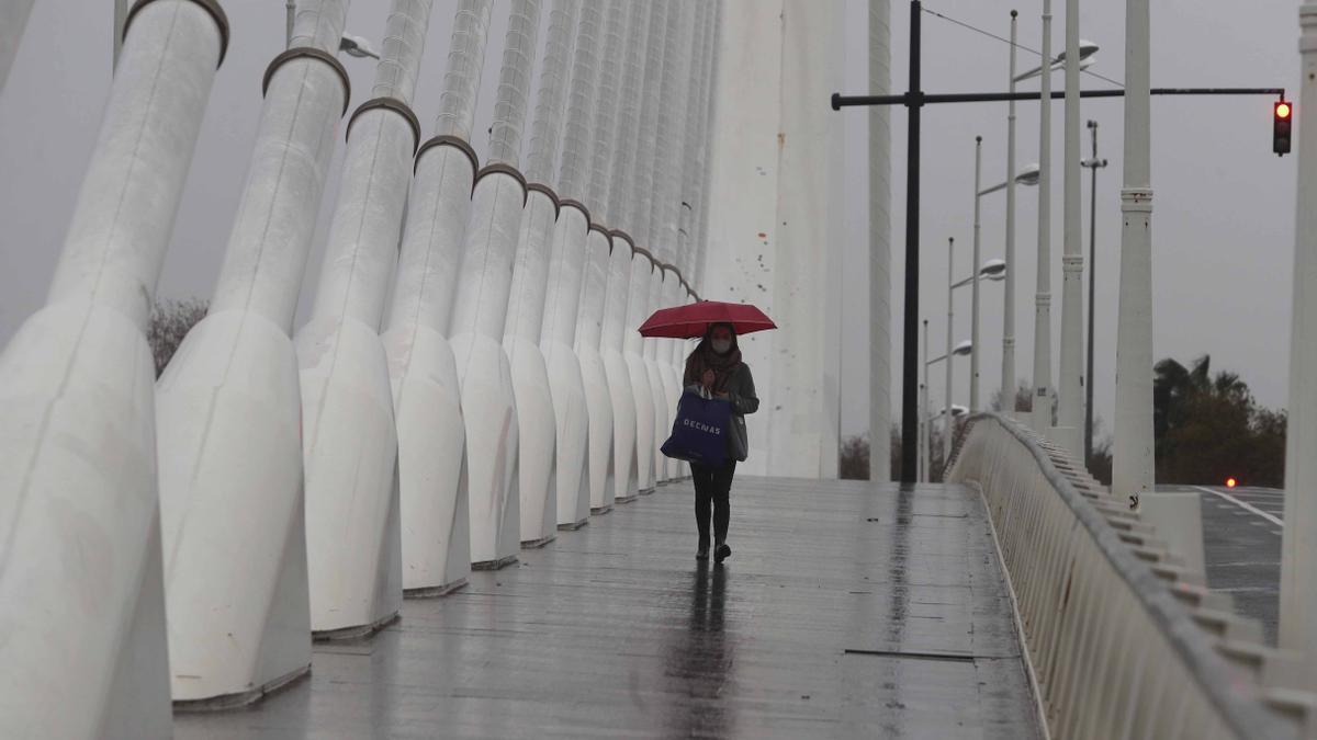 El tiempo en Semana Santa en Valencia: la lluvia amenazará los días de fiesta y sólo se salvará uno, según la Aemet.