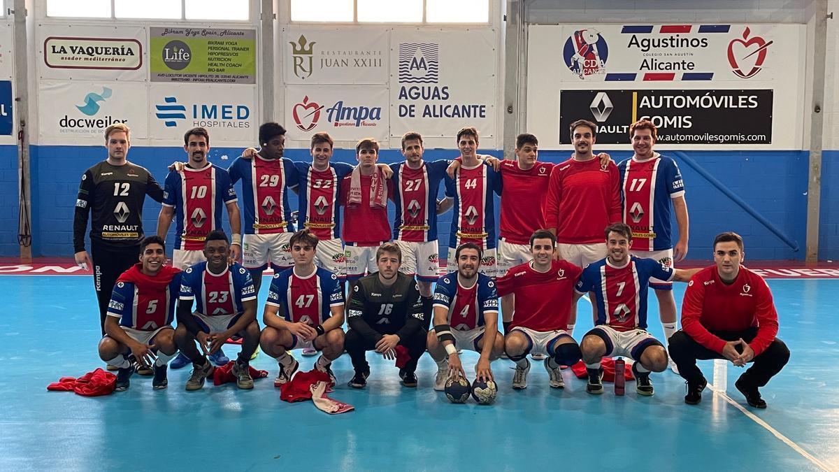 Formación del Balonmano Agustinos de Alicante, líder del Grupo E de la Primera División Estatal Masculina.