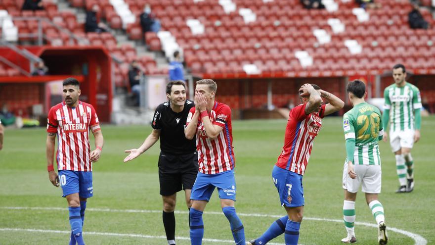 """Gallego, sobre la polémica arbitral: """"El penalti es muy claro, dicho por jugadores del Betis"""""""