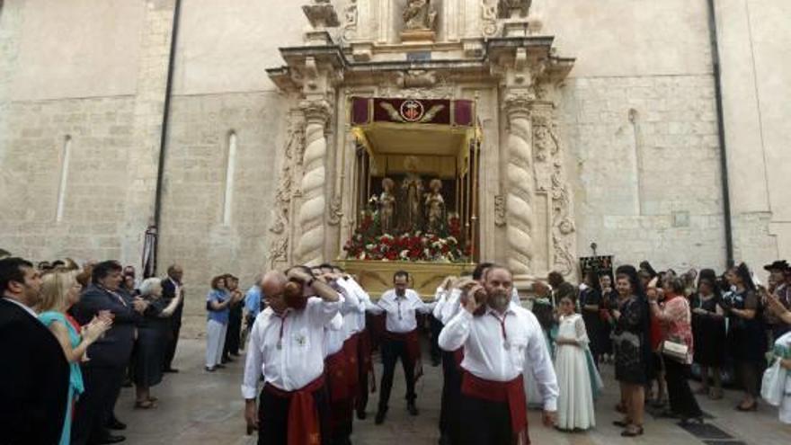 Sant Bernat cierra las fiestas en Alzira