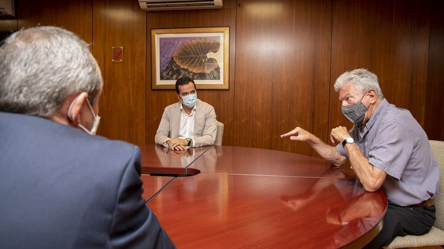 Quevedo aborda líneas de colaboración en materia de Desarrollo Local con el Gobierno de Canarias