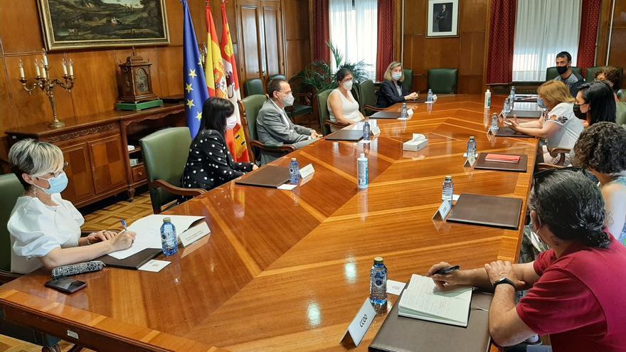 Toma de contacto del subdelegado del Gobierno de Zamora con la nueva ejecutiva de Comisiones Obreras