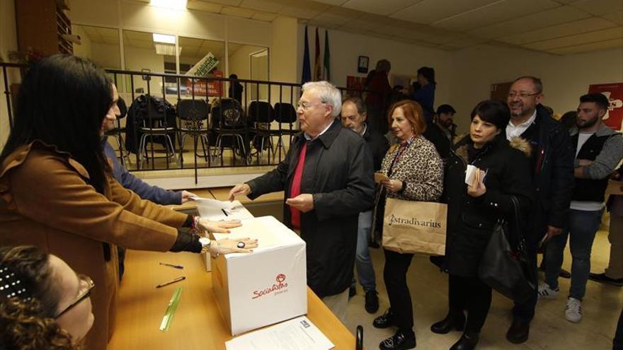 Antonio Hurtado y María Ángeles Luna, los más votados por las agrupaciones del PSOE de la capital