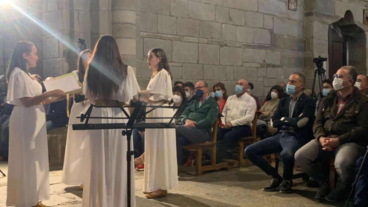 Actuación del grupo Egeria en la iglesia de Santa Marta de Tera, que completó su aforo. | E. P.