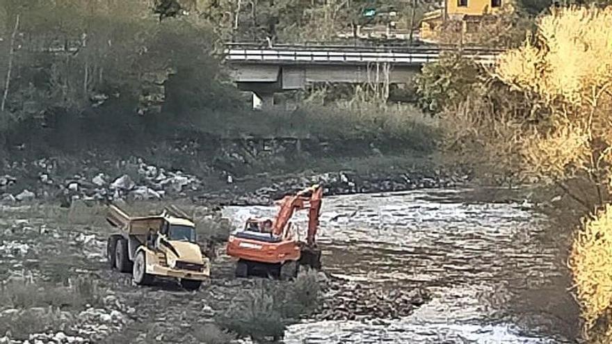 Comienzan las obras para reparar el argayón de Moreda tras dos años de espera