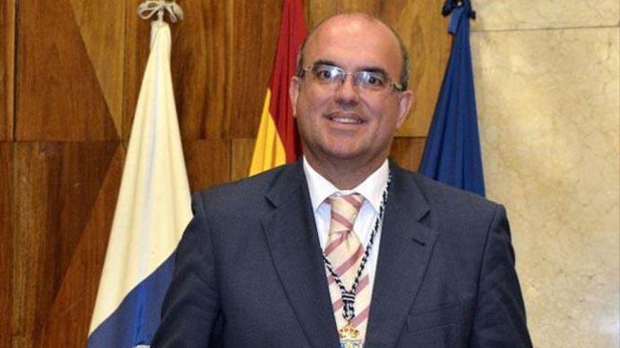 """Pestana destaca el """"esfuerzo"""" realizado en materia migratoria y su atención """"integral"""""""
