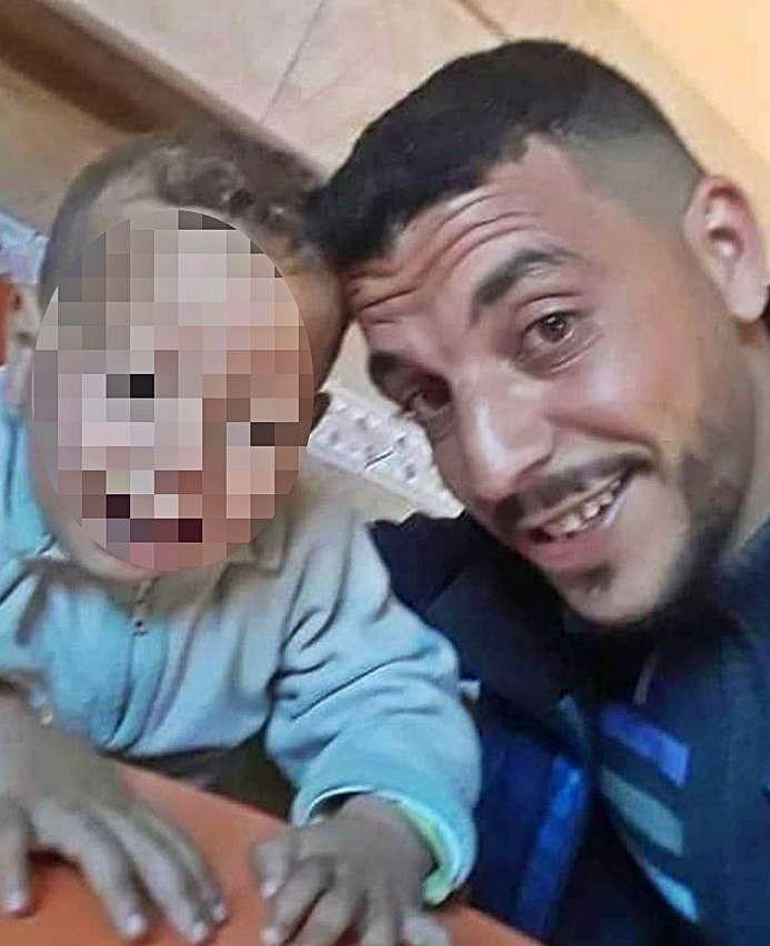 Imágenes familiares de Mustapha y Najat con su hijo Wasim. | IMÁGENES CEDIDAS POR LA FAMILIA