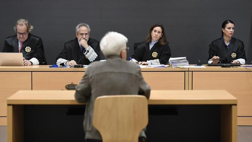 """Dimas Martín, señalado como """"el jefe"""" de la trama de comisiones ilegales"""