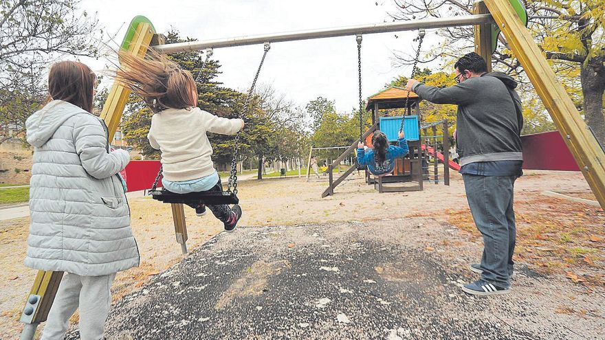 La desescalada llega a los parques y juegos infantiles