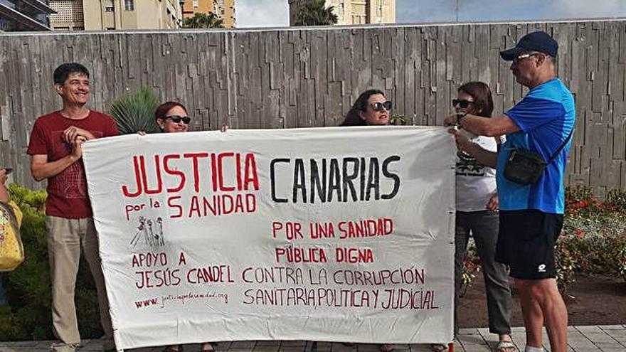 Manifestación en Las Palmas a favor del médico Jesús Candel