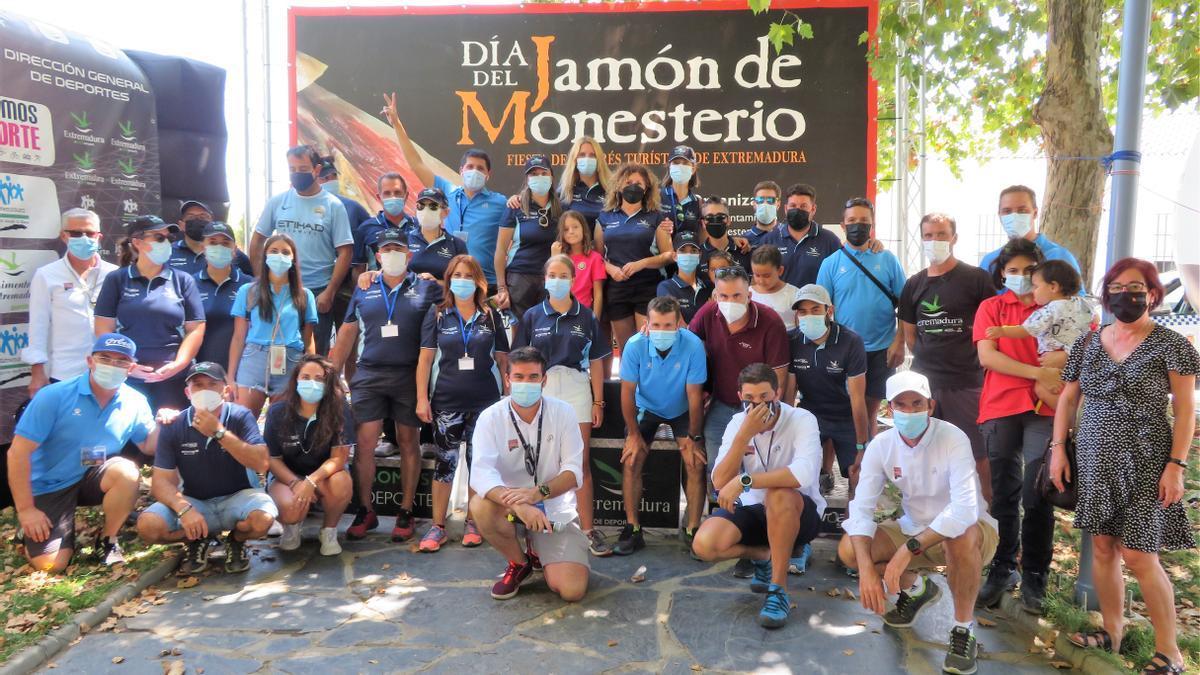 Miembros organizativos de la Ruta Cicloturista Jamón de Monesterio