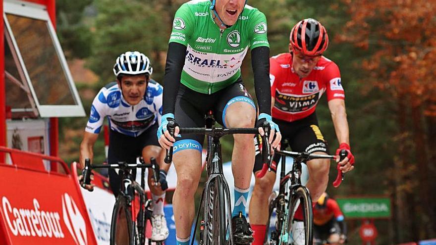 La Vuelta, obligada a suspender la ascensión al Tourmalet