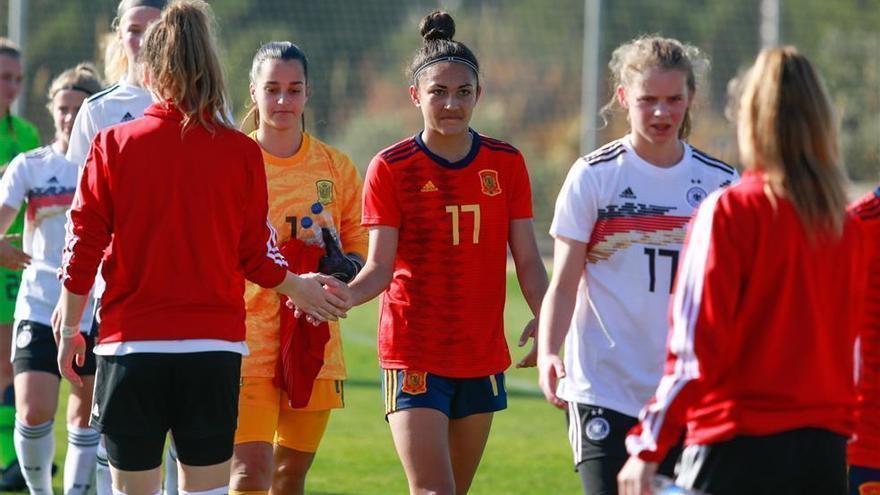 Lucía Moral marca el gol de la victoria de España sub-16 ante Dinamarca