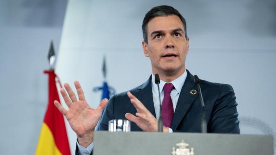 """Sánchez sobre el caos migratorio: """"España no va a permitir esos tráficos irregulares de seres humanos"""""""