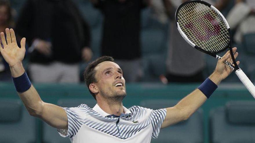"""Bautista: """"Supe ser agresivo en el segundo set para ganar a Djokovic"""""""