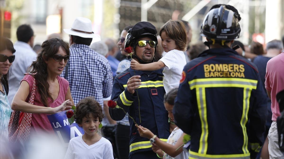 Fotogalería / Manifestación contra el terrorismo en Barcelona
