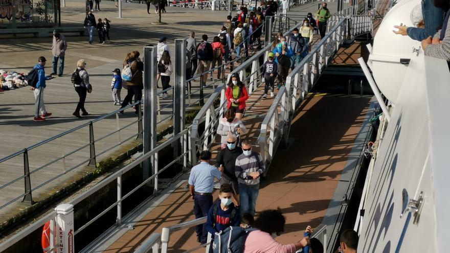 Satisfacción por la afluencia de más de 4.700 visitantes a las Cíes y Ons en Semana Santa