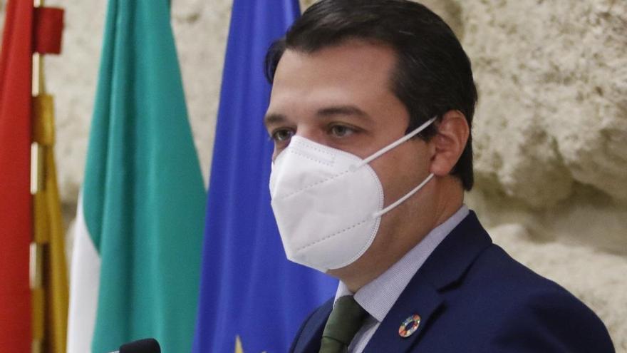 El alcalde participa en una reunión con el ministro de Sanidad para abordar las políticas de colaboración