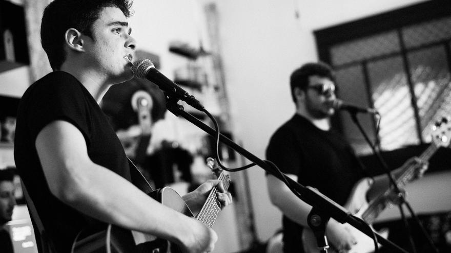 """Curiana: """"Estamos en el momento y el lugar perfecto para hacer música rock"""""""